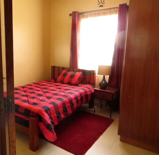 Karen karengata for Small room karen zoid